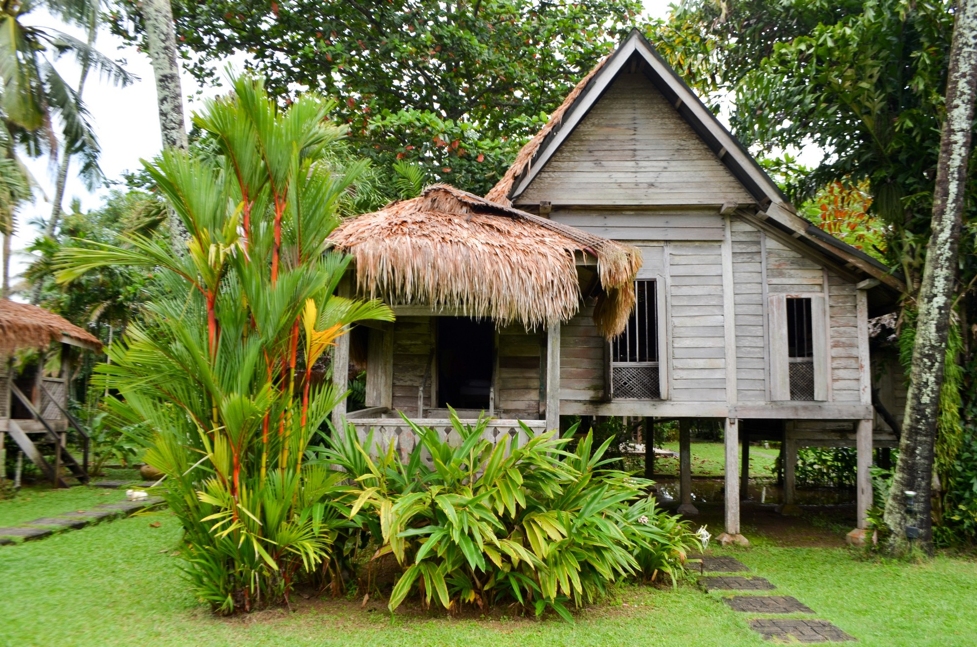 10 adventures in langkawi malaysia for Traditional house building