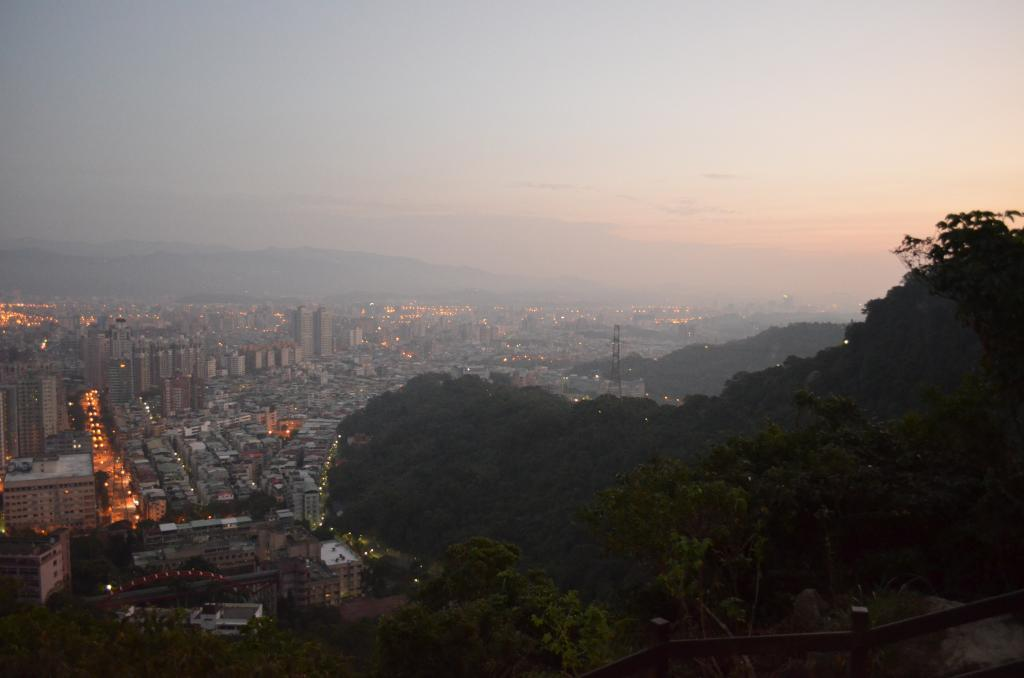 Elephant mountain in Taipei: