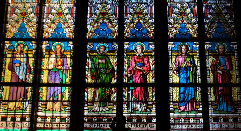 Panoramio - Mosaic window in St.Vitus cathedral