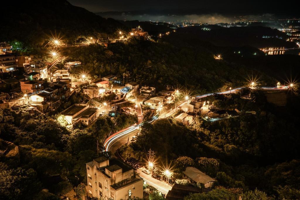 taiwan jiufen mining town