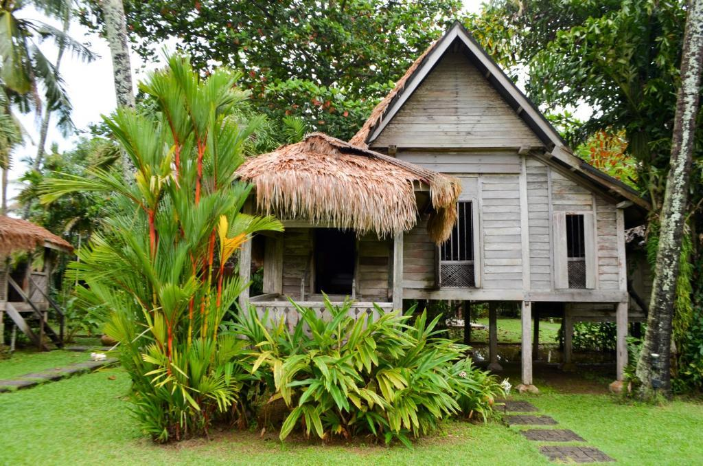 what to see in langkawi malay houses