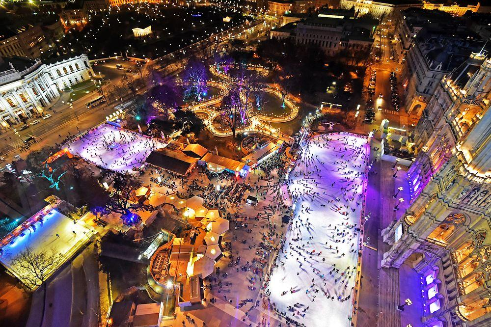 things to do in vienna in december ice skating