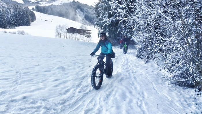 Fat-bike-in-st-johann-in-tirol-austria-veronika-tomanova-via-veronikasadventure (2)