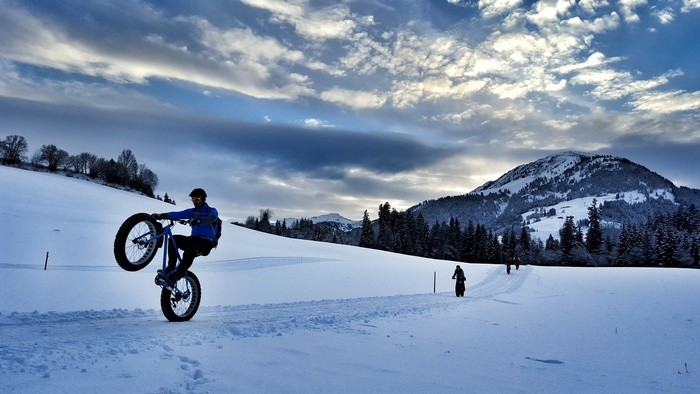 Fat-bike-in-st-johann-in-tirol-austria-veronika-tomanova-via-veronikasadventure (4)
