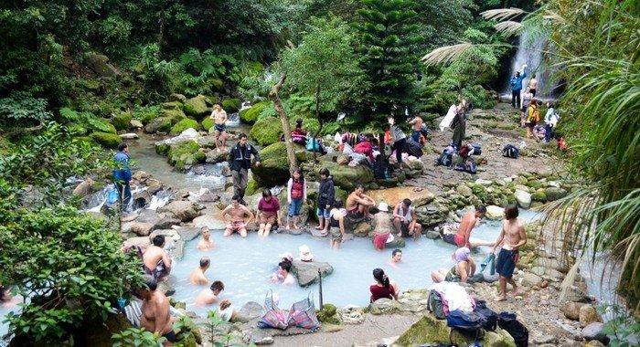 bayan-wild-hotsprings-Yangmingshan-10-reasons-visit-taiwan-veronika-tomanova-veronikasadventure-com