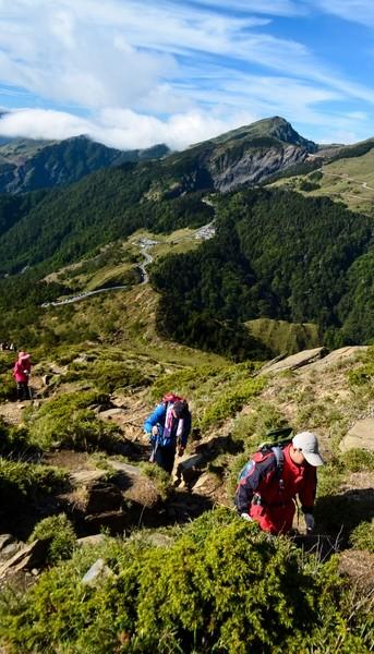 jade-mountain-10-reasons-visit-taiwan-veronika-tomanova-veronikasadventure-com