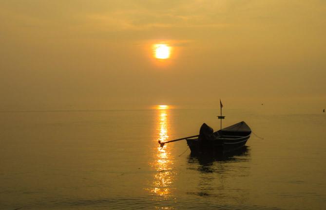 koh-phangan-best islands to visit in Thailand