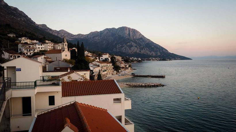 croatia road trip brist makarska
